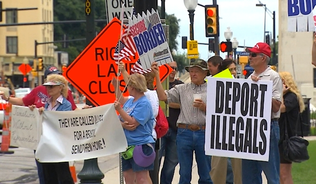 Supporters & Opponents At North Texas Immigration Demonstrations
