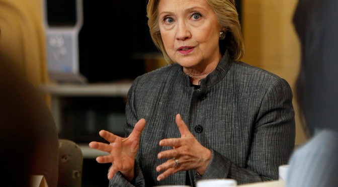 Hillary Clinton: Police officers should wear body cameras