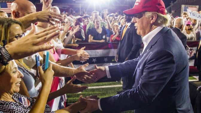 Donald Trump Courts Tea Party at Nashville Straw Poll